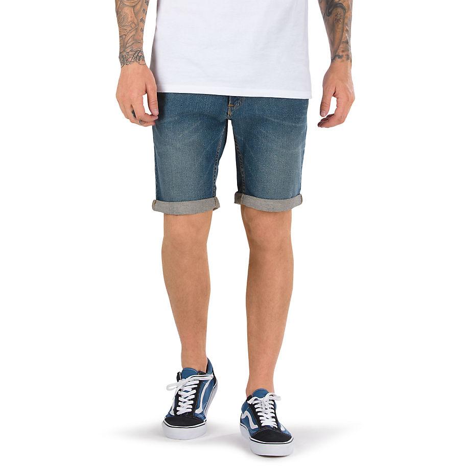 Шорты HannonШорты<br>Hannon Short - классические джинсовые шорты с 5 карманами. Имеют эффект потёртости и подвернутый край. Плотная посадка. Ростов модели 183 см. Размер 32. Состав: 98% хлопок, 2% лайкра.<br><br>Цвет: Синий<br>Размер INT: 28<br>Материал: 98% хлопок 2% спандекс<br>Пол: Men