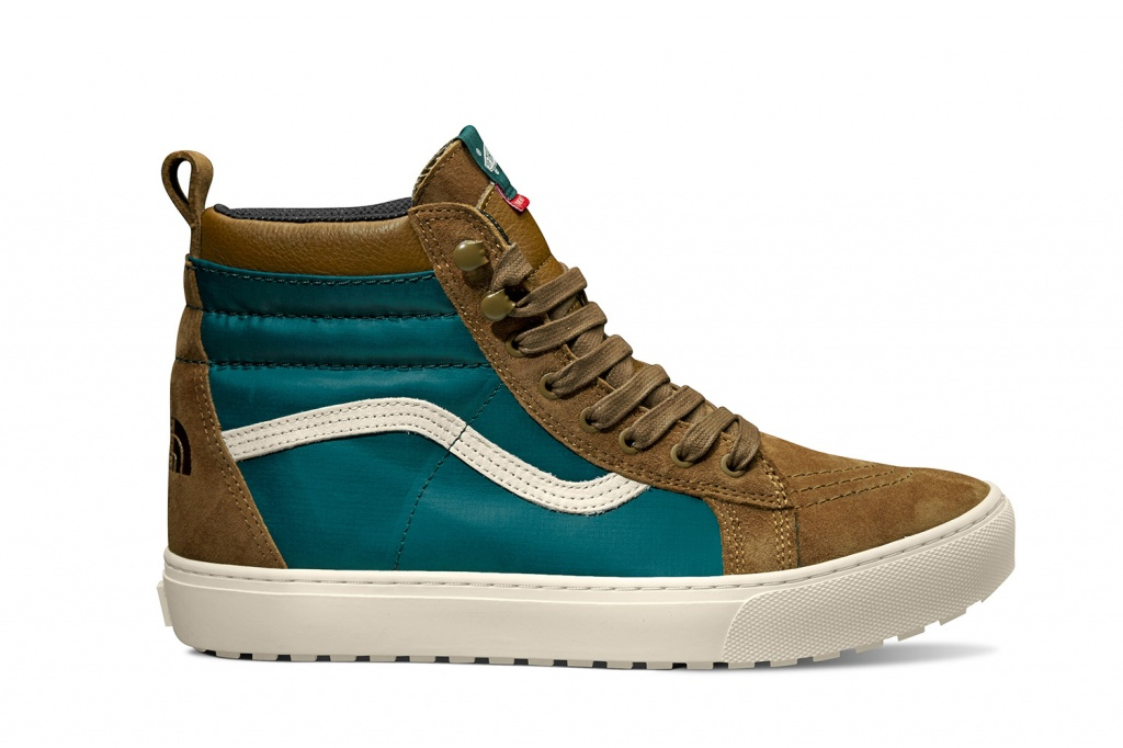 VAULT-BY-VANS_Sk8-Hi-MTE-LX_(The-North-Face)-deep-teal-toast.jpeg