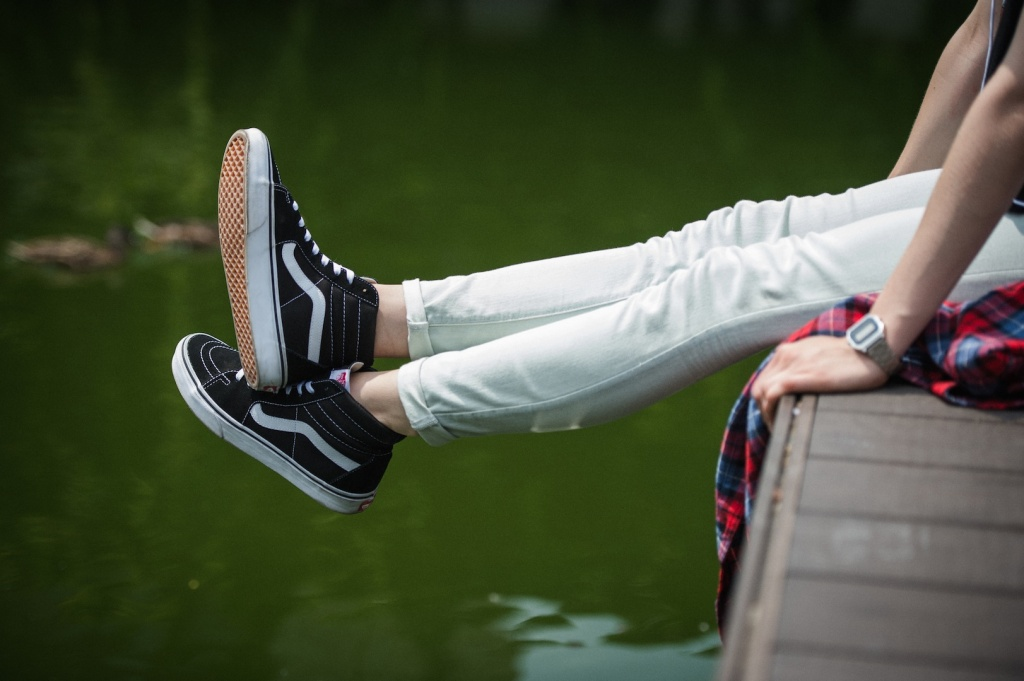 THIS IS THE SK8-HI classic black.jpeg